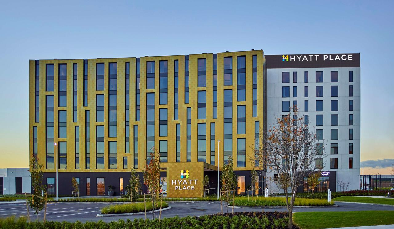 Hyatt Place Melbourne Essendon Fields - Geraldton Accommodation