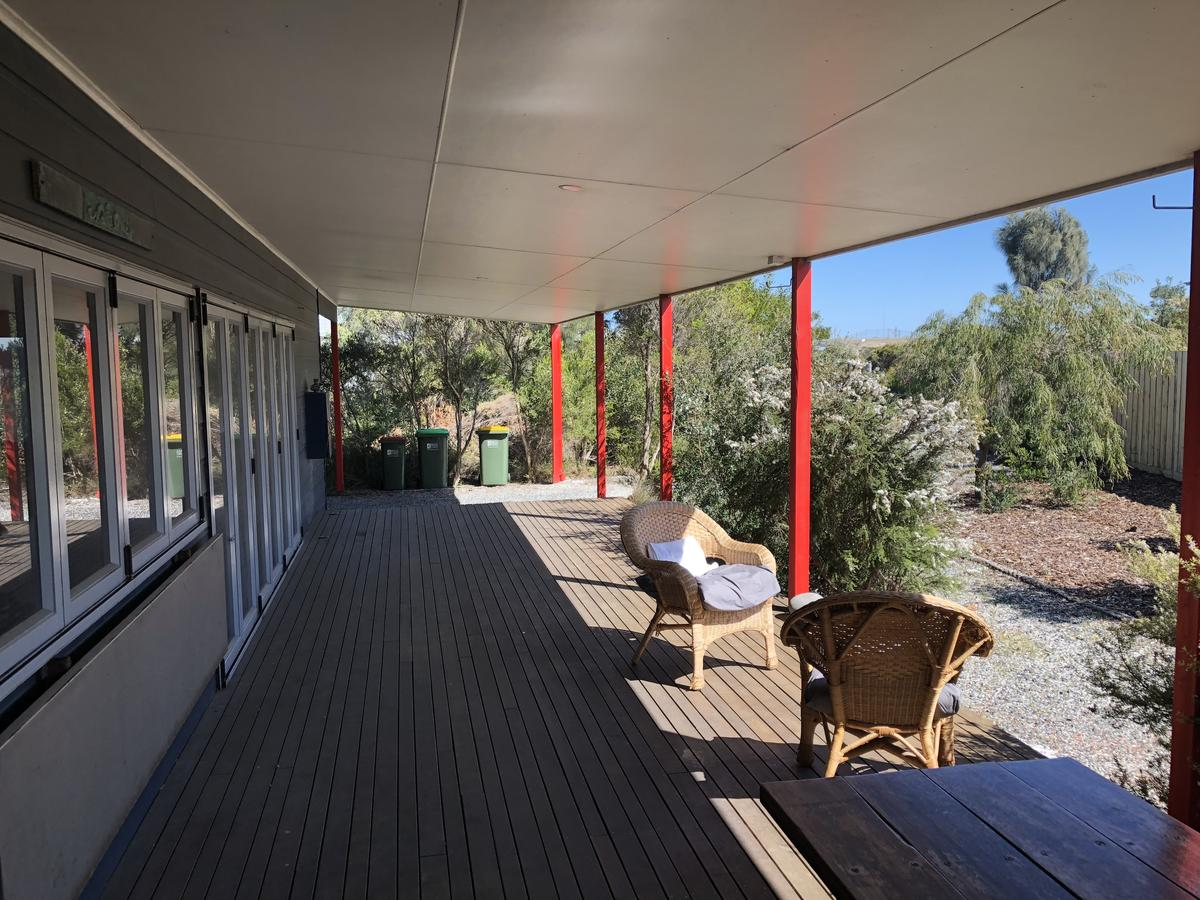 Beautiful Cosy and Quiet - Geraldton Accommodation