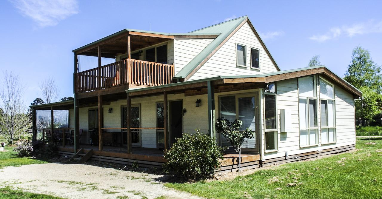 Beechworth Cottages - Geraldton Accommodation