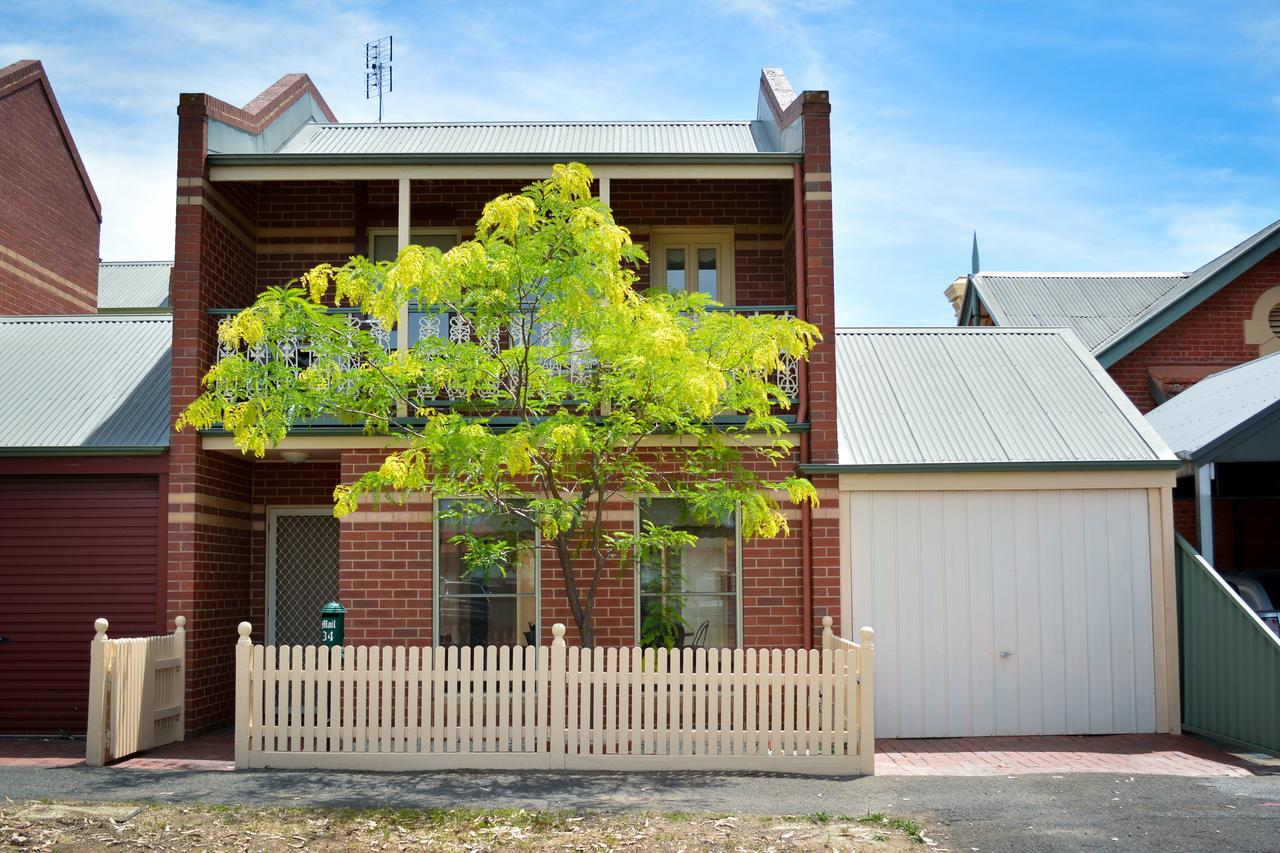 Turner Terrace - Geraldton Accommodation