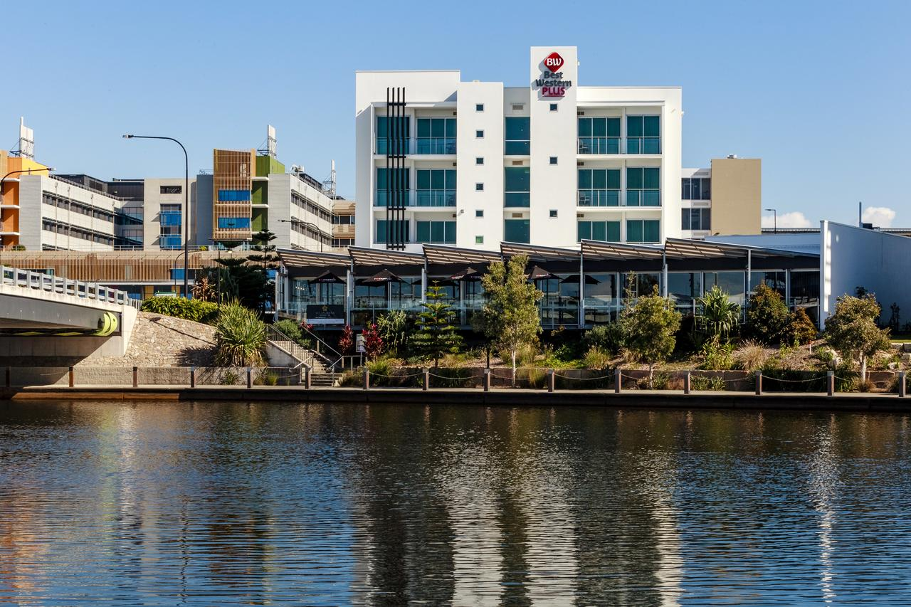 BEST WESTERN PLUS Lake Kawana Hotel - Geraldton Accommodation