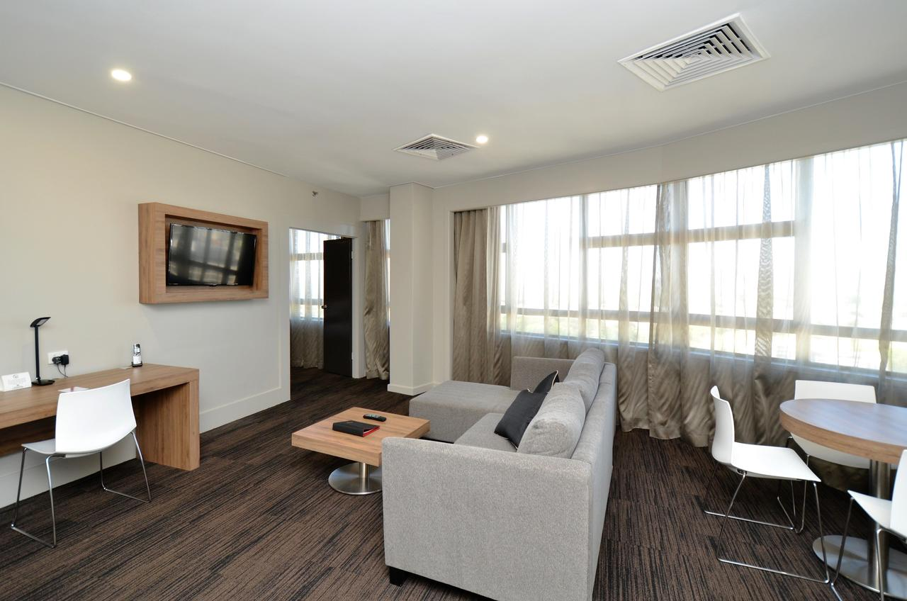 Hotel Grand Chancellor Townsville - Geraldton Accommodation