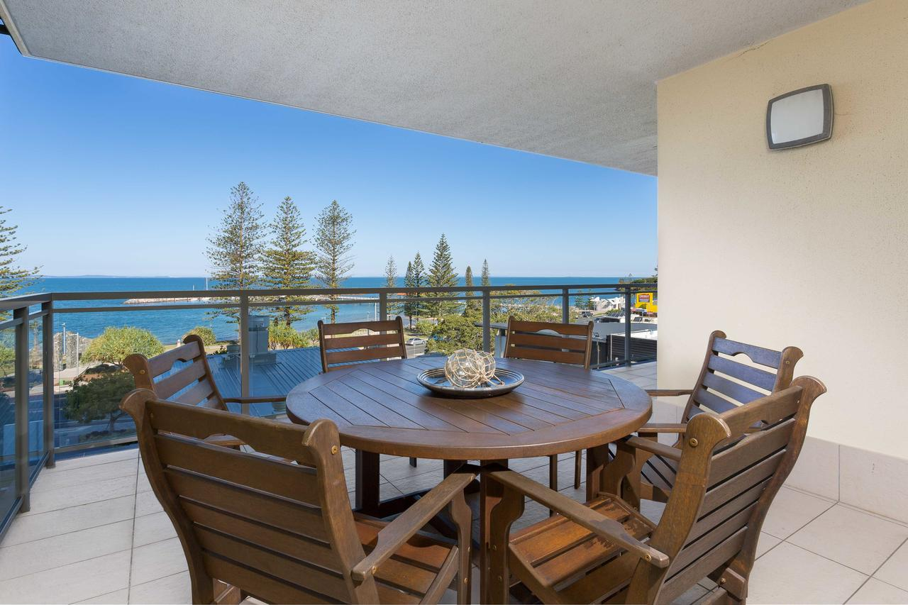 Proximity Waterfront Apartments - Geraldton Accommodation