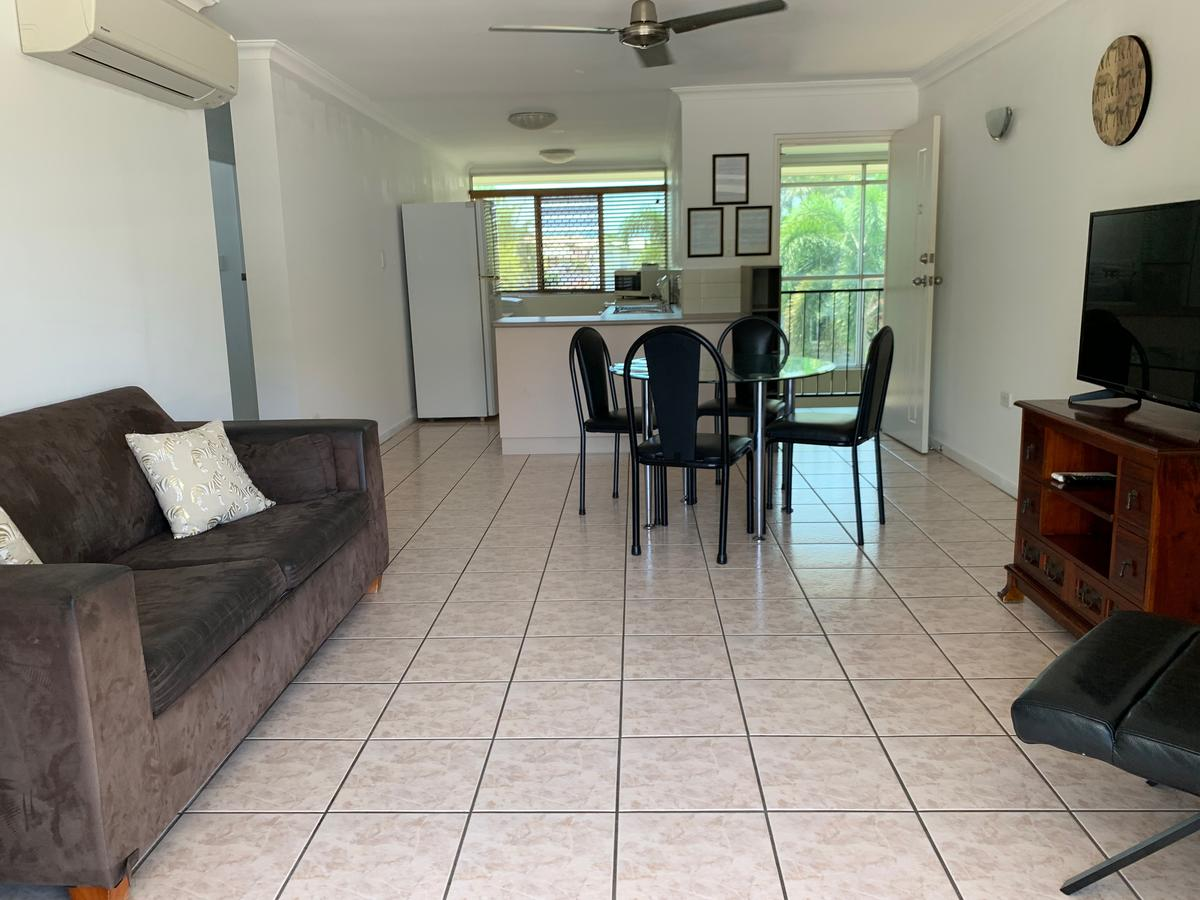 Townsville Holiday Apartments - Geraldton Accommodation