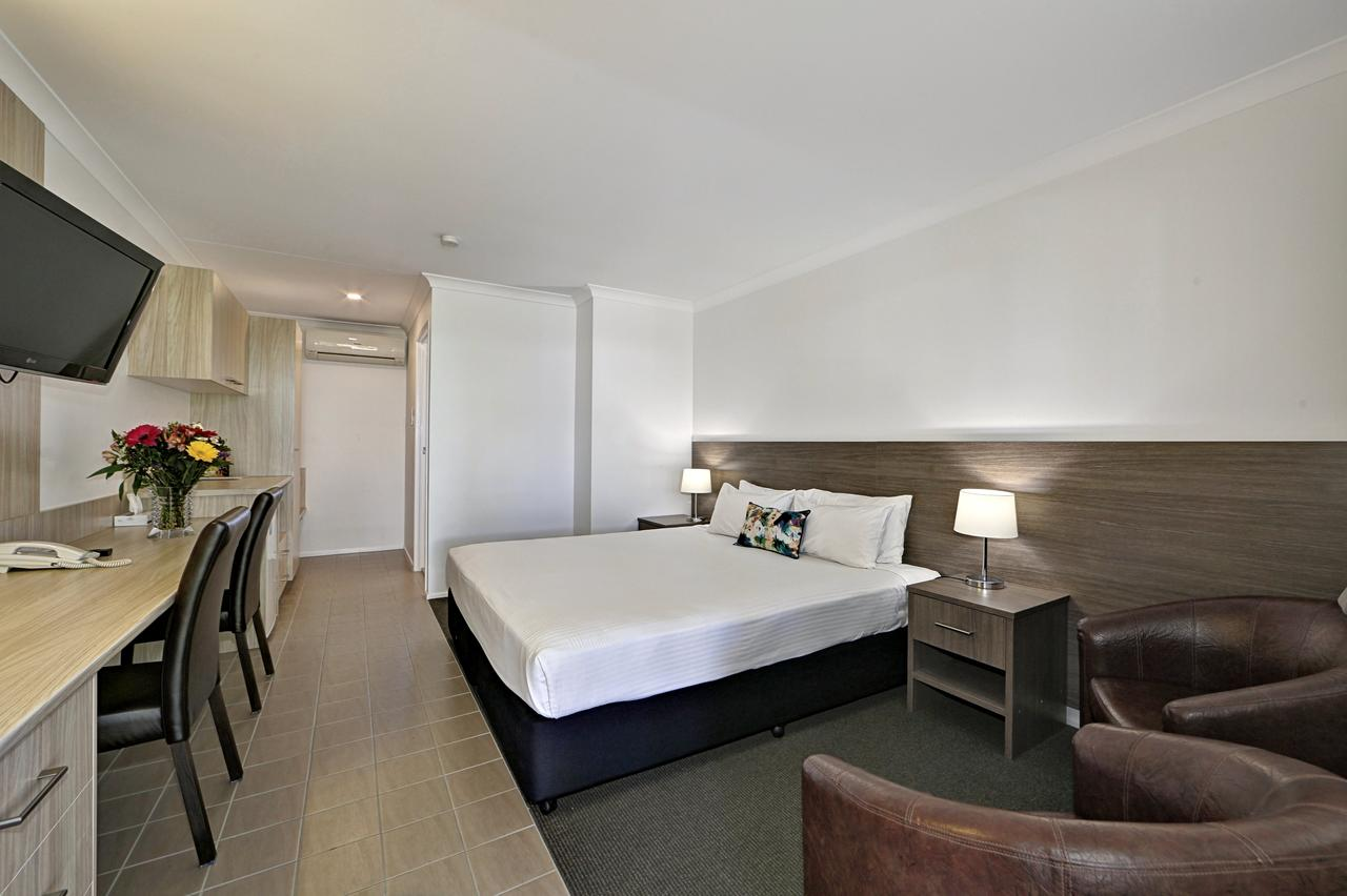 Smart Motels Bert Hinkler - Geraldton Accommodation