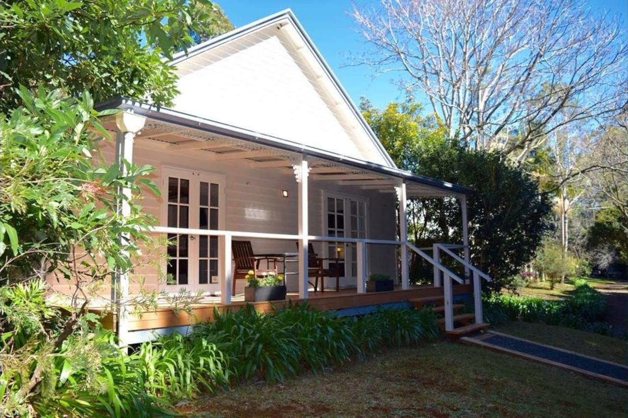 Curtis Falls Cottage - Geraldton Accommodation