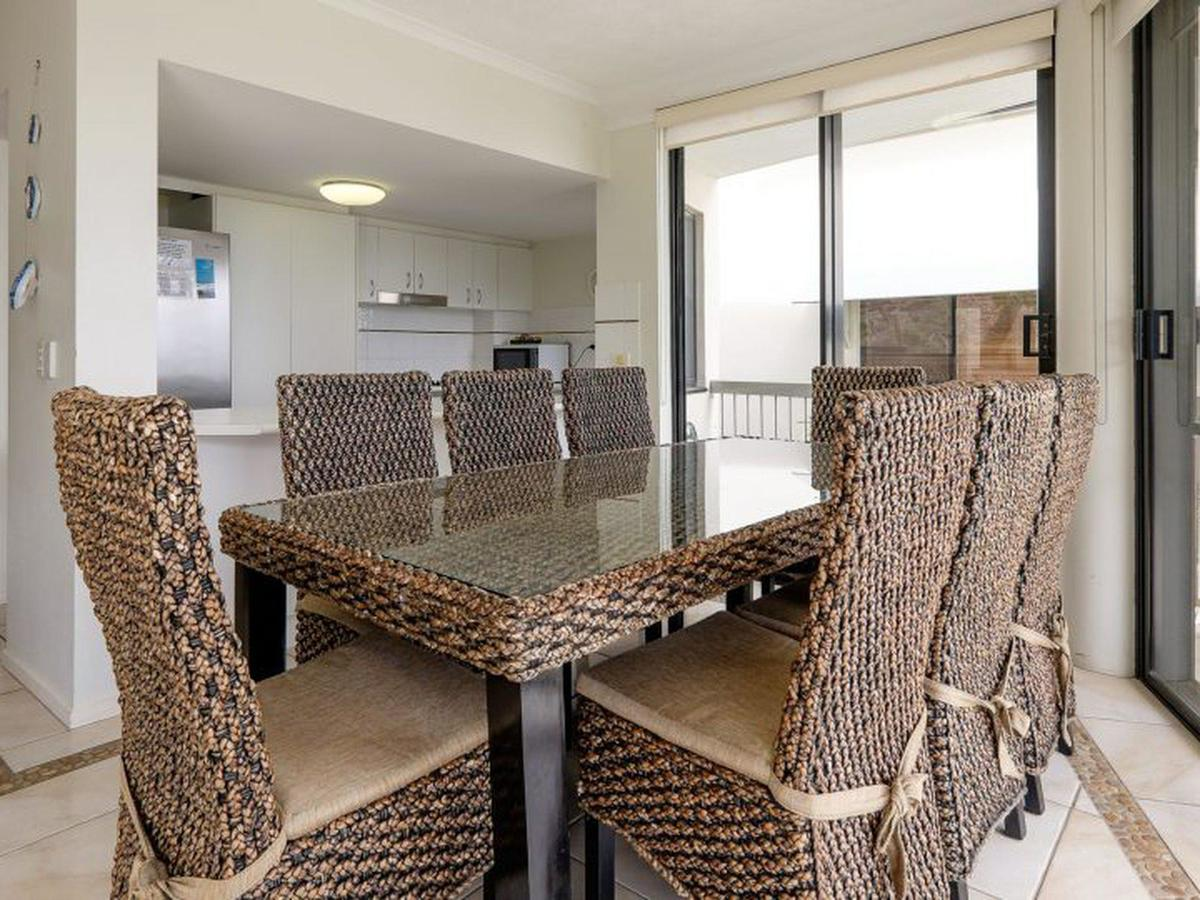 Mooloomba Five - Geraldton Accommodation