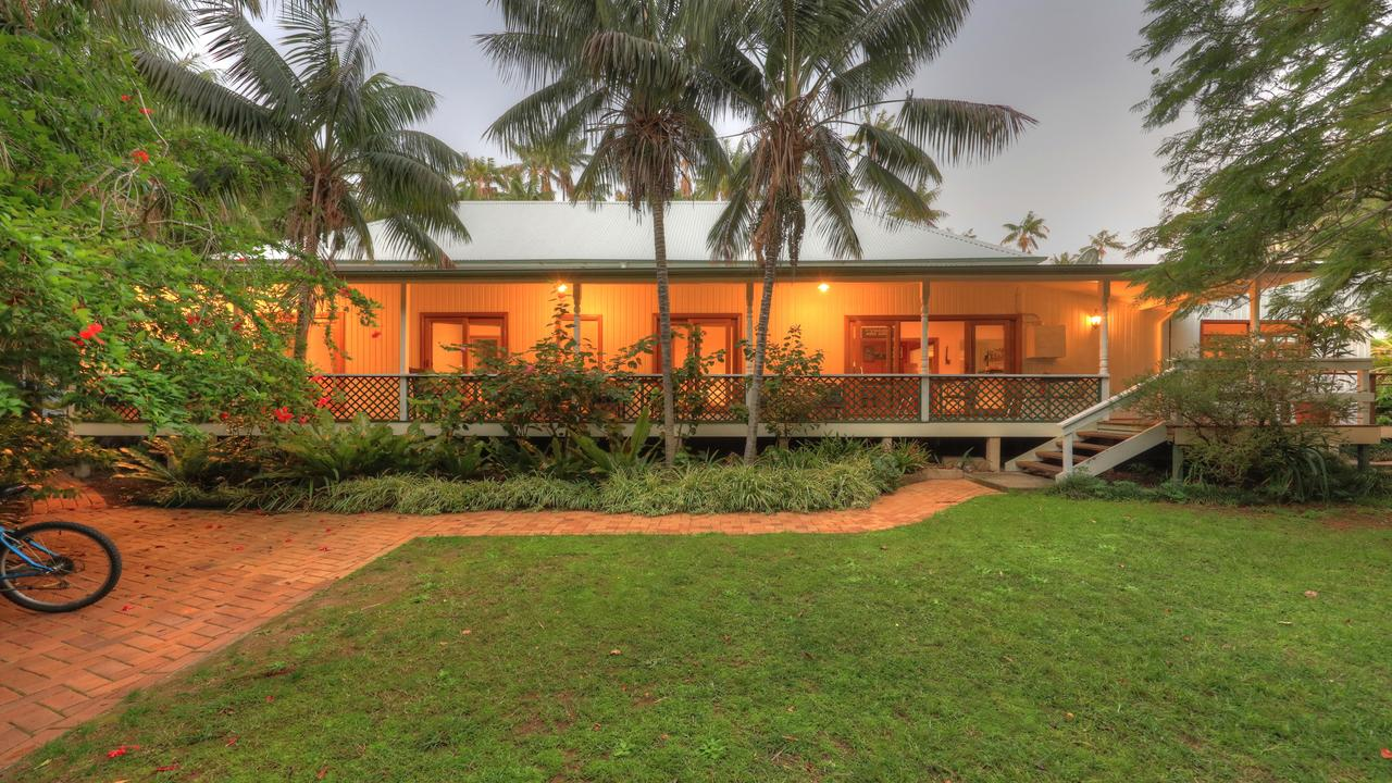 Beachcomber Lodge - Geraldton Accommodation