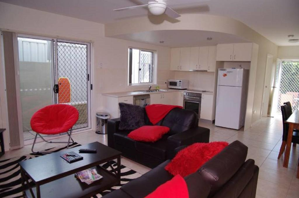 Adrift 5B Scott Street - Geraldton Accommodation